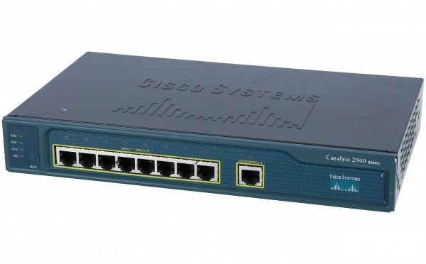 Cisco - WS-C2940-8TT-S - 8 10/100 Ethernet ports and 1 10/100/1000 Ethernet port